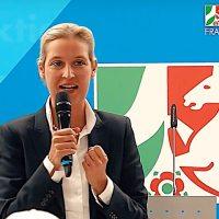 Alice Weidel: Ich werde persönlich dafür sorgen, dass Merkel vor Gericht landet!