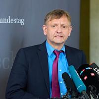 Ich bleibe dabei, dass der Kanzlerkandidat Olaf Scholz seinen Aufgaben nicht gewachsen ist!